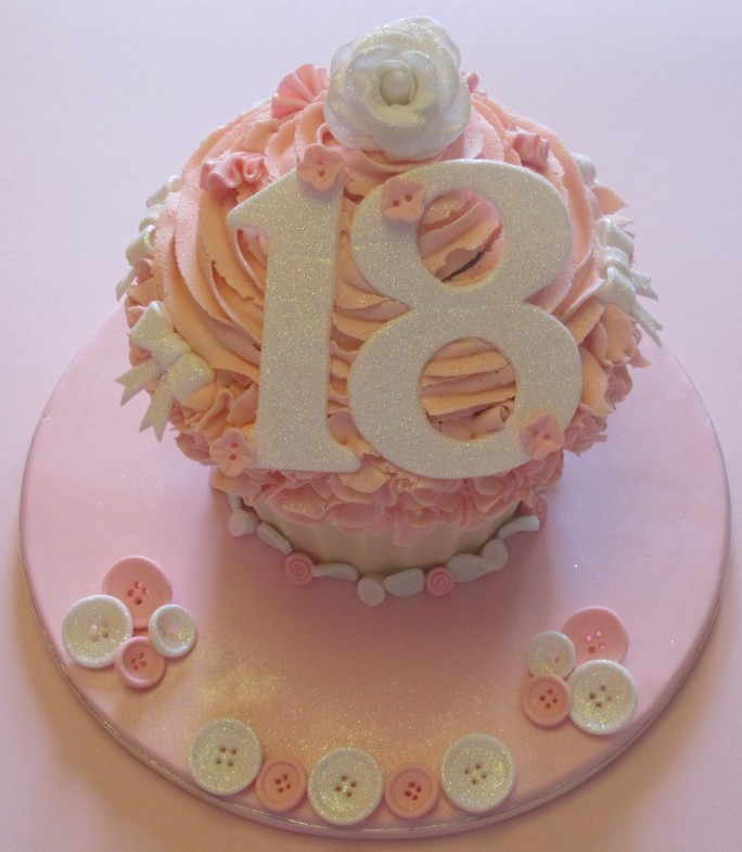 Vintage Cupcake 18th Birthday Cake