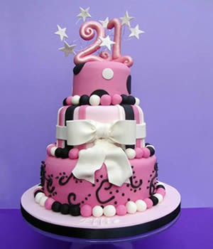 Superb Girls 21St Birthday Cakes Your 21St Blog Personalised Birthday Cards Veneteletsinfo