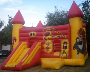 Super Incredibles Bouncy Castle (30x35)