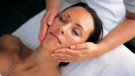 Champneys Massage and Facial - 21st gift